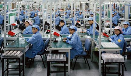 China close to catching U.S. in manufacturing